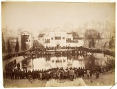 view Crowd at a Performance in Maydan-i Arg (Arg Square) or the Old Canon's Square (Maydan-I Tupkhana'I Qadim), Tehran (Iran): digital asset: Crowd at a Performance in Maydan-i Arg (Arg Square) or the Old Canon's Square (Maydan-I Tupkhana'I Qadim), Tehran (Iran): [graphic]