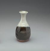 view Saké bottle, Chosen Karatsu type digital asset number 1