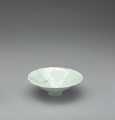 view Small qingbai porcelain bowl with combed and incised decoration digital asset number 1