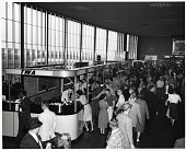 view Trans World Airlines (TWA) (USA), 1960s; Airports, General. [photograph] digital asset number 1