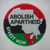 view Pinback button protesting apartheid and economic investment in South Africa digital asset number 1