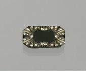 view Brooch owned by the Elliott family digital asset number 1