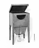 view Mercury fuming box for daguerreotypes used by Samuel F. B. Morse digital asset number 1