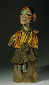 view female hand puppet made by Bil Baird apprentice of Tony Sarg, for puppeteer Miquel V. Varell digital asset number 1