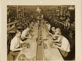 view [Home radio receiver production line at the Westinghouse plant in East Springfield, Massachusetts] digital asset: [Home radio receiver production line at the Westinghouse plant in East Springfield, Massachusetts]