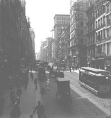view [View of busy city street, New York : stereo photonegative.] digital asset: [View of busy city street, New York : stereo photonegative.]