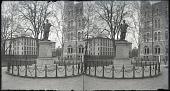 view [Statue of Thomas Jackson standing. Stereo photonegative.] digital asset: [Statue of Thomas Jackson standing. Stereo photonegative.]