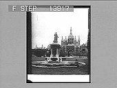 view The Great Court of King's College, monumental fountain and gateway, Cambridge. 9376 photonegative digital asset: The Great Court of King's College, monumental fountain and gateway, Cambridge. 9376 photonegative 1905.