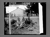 view Sons of Australia's aboriginal huntsmen and warriors, with their boomerangs. [Active no. 10275 : stereo photonegative,] digital asset: Sons of Australia's aboriginal huntsmen and warriors, with their boomerangs. [Active no. 10275 : stereo photonegative,] 1908.