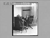 view Col. William Jennings Bryan in his recruiting office. [Active no. 21251 : half-stereo photonegative,] digital asset: Col. William Jennings Bryan in his recruiting office. [Active no. 21251 : half-stereo photonegative,] 1898.