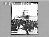 view Sailing Day, New York Harbor, U.S.A. Copyright 1895 by Strohmeyer & Wyman. [on negative] [Active no. 22385 L photonegative,] digital asset: Sailing Day, New York Harbor, U.S.A. Copyright 1895 by Strohmeyer & Wyman. [on negative] [Active no. 22385 L photonegative,] 1895.