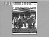 view President Roosevelt and his party (Mr. Strohmeyer third from left), Corbin Park, N.H. Copyright 1902 by Underwood & Underwood. (on negative). [Caption no. 23495 : non-stereoscopic photonegative,] digital asset: President Roosevelt and his party (Mr. Strohmeyer third from left), Corbin Park, N.H. Copyright 1902 by Underwood & Underwood. (on negative). [Caption no. 23495 : non-stereoscopic photonegative,] 1902.
