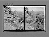 view [Tourists looking into Grand Canyon.] 6122 Interpositive digital asset: [Tourists looking into Grand Canyon.] 6122 Interpositive.