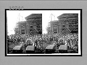 view Crowds and carriages at the pier to meet an ocean-liner, Honolulu, H.Is. 10685 Interpositive digital asset: Crowds and carriages at the pier to meet an ocean-liner, Honolulu, H.Is. 10685 Interpositive 1910.