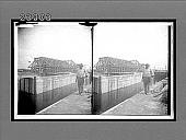 view West emergency dam machine to control water if gates give way, Gatun Locks. 11529 Interpositive digital asset: West emergency dam machine to control water if gates give way, Gatun Locks. 11529 Interpositive 1913,