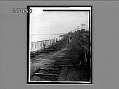 view Great dike on the Mississippi along the delta, near New Orleans. [Active no. 11214 : non-stereo interpositive.] digital asset: Great dike on the Mississippi along the delta, near New Orleans. [Active no. 11214 : non-stereo interpositive.]
