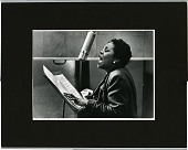 view [Dinah Washington singing into microphone] [photoprint, black-and-white digital asset: Washington, Dinah; New York City, 1955