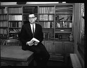 view Acting Librarian Stephens at H[oward] U[niversity], Jan[uary] 1963 [cellulose acetate photonegative] digital asset: Acting Librarian Stephens at H[oward] U[niversity], Jan[uary] 1963 [cellulose acetate photonegative].