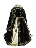 view Dress worn by Charlotte Cushman in the role of Queen Katherine in Shakespeare's <i>Henry VIII</i> . digital asset number 1
