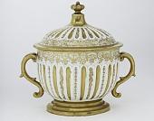 view Meissen Böttger porcelain bowl and cover digital asset number 1