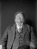 view Portrait of Winnebago man, Wakonjarkuleegar (Thunder Comes Home) Apr 1909 digital asset number 1