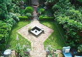 view [Rackley Garden]: the geometric hardscape and lush plants seen from above. digital asset: [Rackley Garden]: the geometric hardscape and lush plants seen from above.: 2016 May.