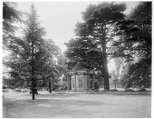 view [Royal Botanic Gardens, Kew]: the Temple of the Sun. digital asset: [Royal Botanic Gardens, Kew] [glass negative]: the Temple of the Sun.