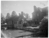 view [Miscellaneous Sites in Groombridge, Kent, England]: the Groombridge Place moat, manor house, and outbuildings. digital asset: [Miscellaneous Sites in Groombridge, Kent, England] [glass negative]: the Groombridge Place moat, manor house, and outbuildings.
