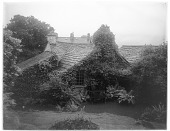 view [Miscellaneous Sites in the Lake District]: Dove Cottage in Grasmere, once the home of poet William Wordsworth. digital asset: [Miscellaneous Sites in the Lake District] [glass negative]: Dove Cottage in Grasmere, once the home of poet William Wordsworth.