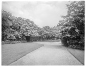 view [Miscellaneous Sites in London, England]: walkway and garden house, probably in Park Square Gardens. digital asset: [Miscellaneous Sites in London, England] [glass negative]: walkway and garden house, probably in Park Square Gardens.