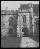 view [Penshurst Place]: Gothic arch and windows. digital asset: [Penshurst Place] [lantern slide]: Gothic arch and windows.