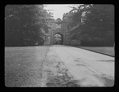 view [Sudeley Castle]: the gatehouse. digital asset: [Sudeley Castle] [lantern slide]: the gatehouse.