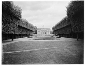 view [Versailles]: the Petit Trianon. digital asset: [Versailles] [glass negative]: the Petit Trianon.