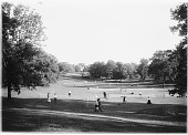 view [Franklin Park]: the tennis courts in Ellicott Dale. digital asset: [Franklin Park] [glass negative]: the tennis courts in Ellicott Dale.