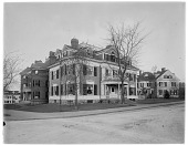view [Miscellaneous Sites in Brookline, Massachusetts]: the Sears family home on the corner of Beacon and Charles streets. digital asset: [Miscellaneous Sites in Brookline, Massachusetts] [glass negative]: the Sears family home on the corner of Beacon and Charles streets.