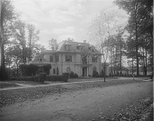 view [Roland Park]: 106 Ridgewood Road, designed by architect William M. Ellicott. digital asset: [Roland Park] [glass negative]: 106 Ridgewood Road, designed by architect William M. Ellicott.