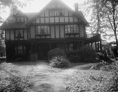 view [Roland Park] [glass negative]: 3 Club Road, designed by the architectural firm Wyatt & Nolting. digital asset: [Roland Park] [glass negative]: 3 Club Road, designed by the architectural firm Wyatt & Nolting.