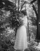view Unidentified Garden in Annapolis, Maryland digital asset: Unidentified Garden in Annapolis, Maryland [glass negative]
