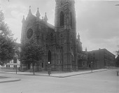 view [Jenkins Memorial Church]: the church as seen from the intersection of West Mt. Royal and West Lafayette avenues. digital asset: [Jenkins Memorial Church] [glass negative]: the church as seen from the intersection of West Mt. Royal and West Lafayette avenues.