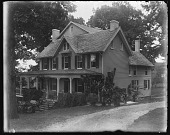 view [White Garden]: the house from near the gate. digital asset: [White Garden] [glass negative]: the house from near the gate.