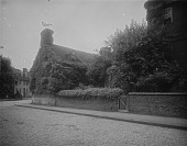 view [James Brice House]: part of the house, with East Street in the foreground. digital asset: [James Brice House] [glass negative]: part of the house, with East Street in the foreground.