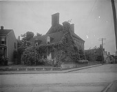 view [James Brice House]: the house, seen from the intersection of East Street and Prince George Street. digital asset: [James Brice House] [glass negative]: the house, seen from the intersection of East Street and Prince George Street.