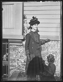 view [Tanglewood]: May Wise by house. digital asset: [Tanglewood] [glass negative]: May Wise by house.