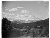 view [Miscellaneous Sites in New Hampshire, Series 1]: looking northwest across Glen in the town of Bartlett toward the White Mountains and Crawford Notch. digital asset: [Miscellaneous Sites in New Hampshire, Series 1] [glass negative]: looking northwest across Glen in the town of Bartlett toward the White Mountains and Crawford Notch.