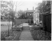 view [Steedman Garden]: rear view of property known as the Charles Steedman house. digital asset: [Steedman Garden] [glass negative]: rear view of property known as the Charles Steedman house.