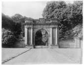 view [Miscellaneous Sites in Scotland]: the Douglas Gates at the entrance to the old Springwood Park Estate in Kelso. digital asset: [Miscellaneous Sites in Scotland] [glass negative]: the Douglas Gates at the entrance to the old Springwood Park Estate in Kelso.