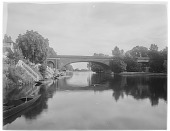 view Maidenhead Bridge: Maidenhead Railway Bridge over the River Thames, crossing between Maidenhead, Berkshire, and Taplow, Buckinghamshire. digital asset: Maidenhead Bridge [glass negative]: Maidenhead Railway Bridge over the River Thames, crossing between Maidenhead, Berkshire, and Taplow, Buckinghamshire.
