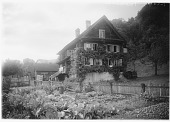 view [Miscellaneous Sites in Switzerland]: a house and vegetable garden in an unidentified location. digital asset: [Miscellaneous Sites in Switzerland] [glass negative]: a house and vegetable garden in an unidentified location.