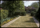 view Black Garden: lawns divided by hedges. digital asset: Black Garden [slide (photograph)]: lawns divided by hedges.
