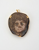 view Medallion in the form of a Woman's Head digital asset number 1